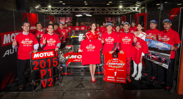 MOTUL AUTECH GT-R、逆転でチャンピオンシップ連覇
