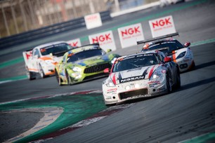 Bittersweet day for Nissan 370Z GT Academy crew at Dubai 24 Hour