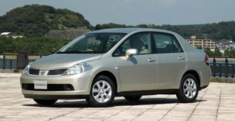 nissan tiida latio 2004 software for