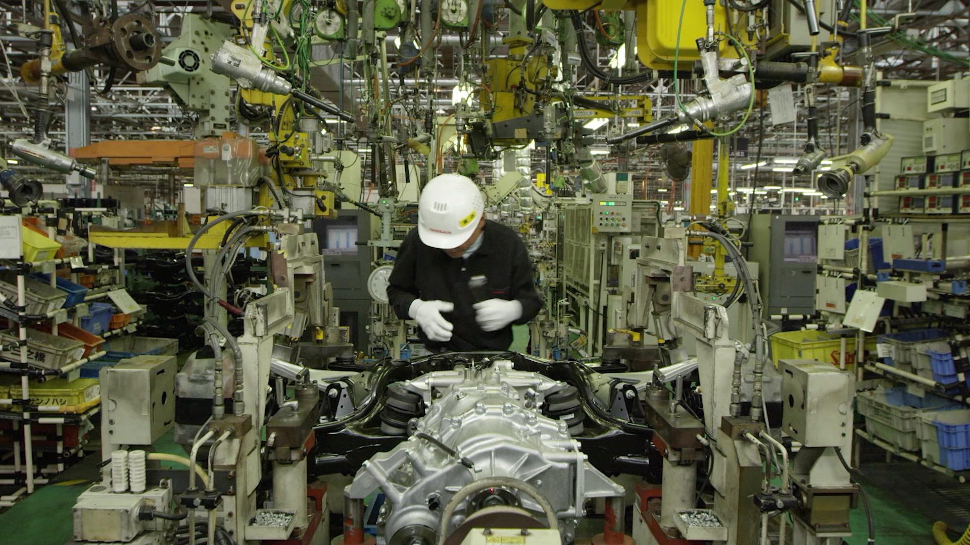 MY17 NISSAN GT-R B-roll - Nissan Tochigi Factory