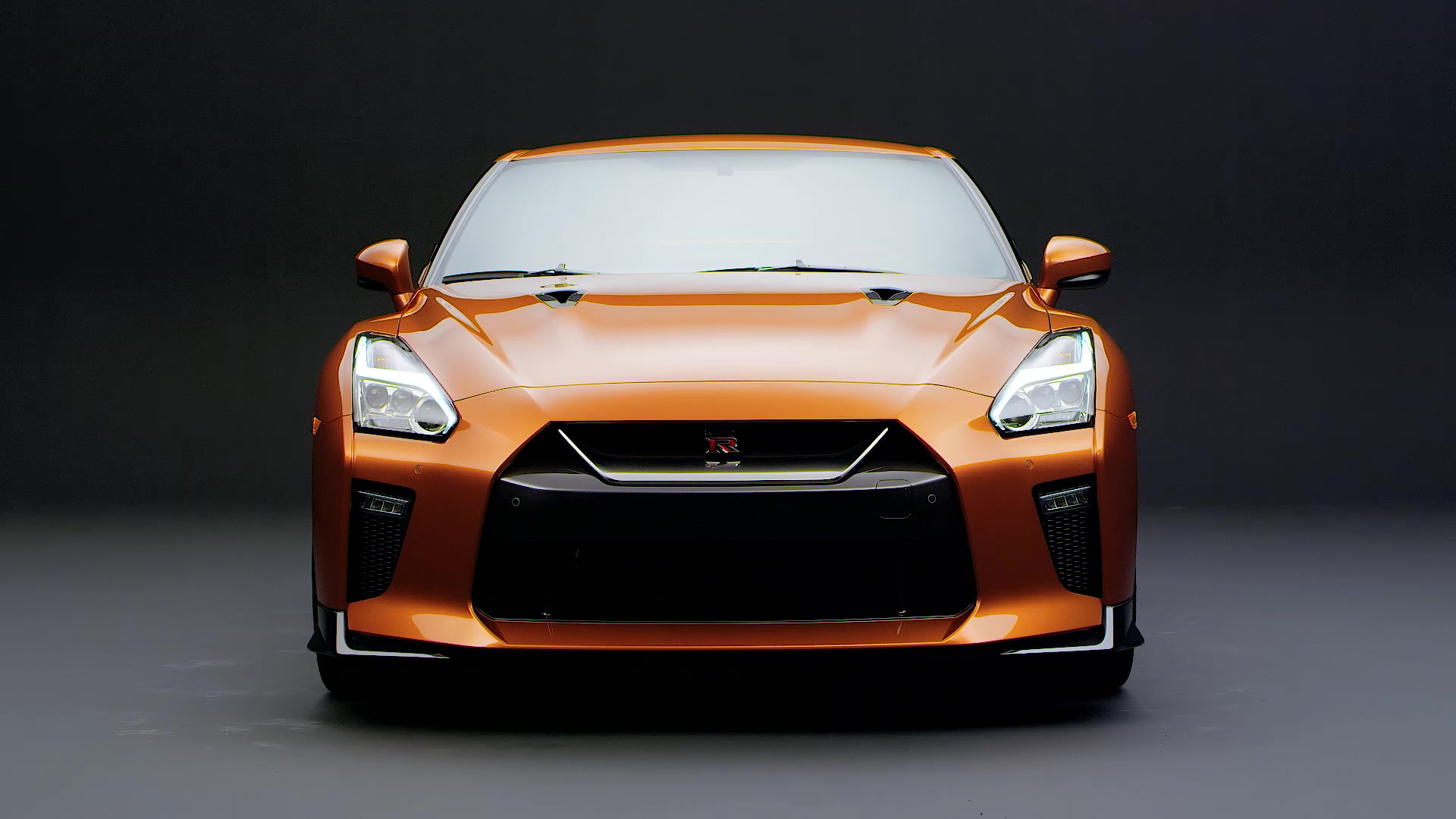 Nissan Gt R 2017 Us Wallpapers And Hd Images: 2017 Nissan GT-R Makes World Debut At New York